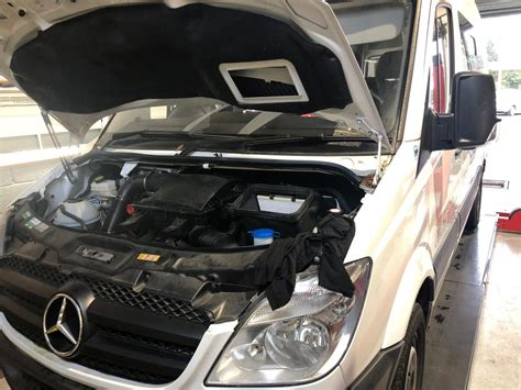 Exclusive reports and current films: Independant Mercedes Service Specialist - Hartley Garage
