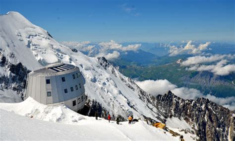 refuge du gouter climber airlifted mont blanc after boots stolen the local
