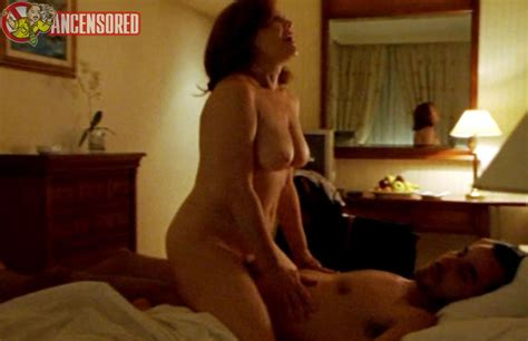 Naked Lourdes Barba In Amor Idiota