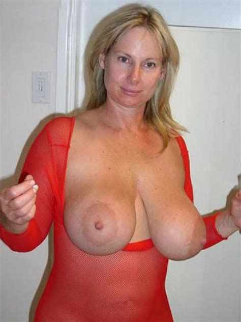 Milf with big boobs sex - quality images