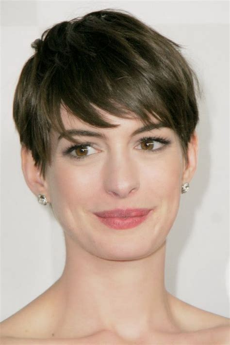 short hairstyles  long narrow faces hairstyle