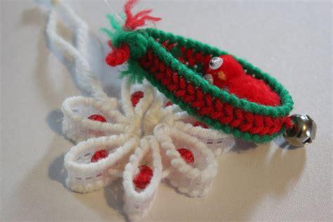 crafts plastic canvas christmas on pinterest plastic