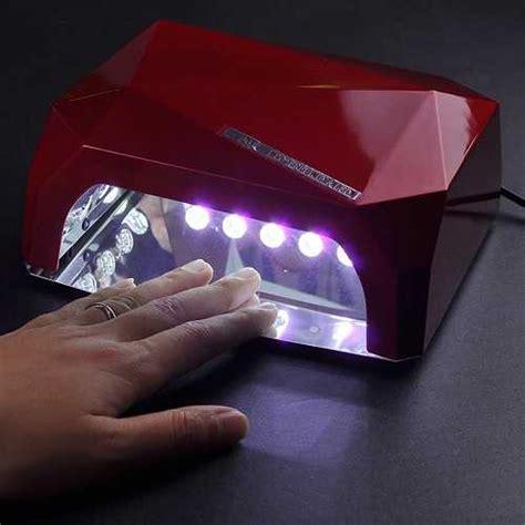 Как правильно пользоваться лампой для сушки гельлака