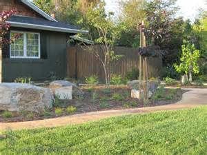 Inexpensive Front Yard Landscaping Ideas