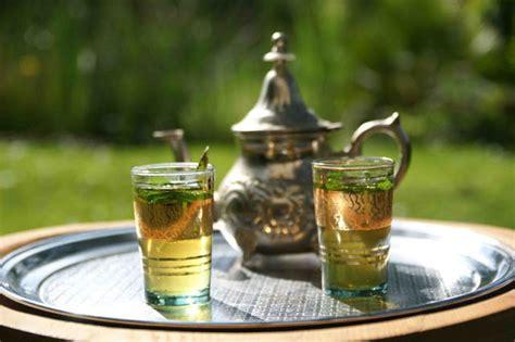 l officiel de la cuisine thé à la menthe dar ait sbaa le officiel marrakech