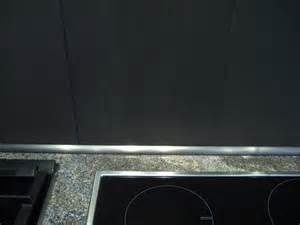 Arbeitsplatte abschlussleiste  Wandabschlussleiste Küche Edelstahl. wandabschlussleiste k che ...