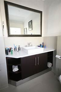 Durbanville cupboards bathroom cabinets for Bathroom caninets