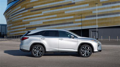 Best Hybrid Cars 2019 Uk The Top Phevs And Plugins On
