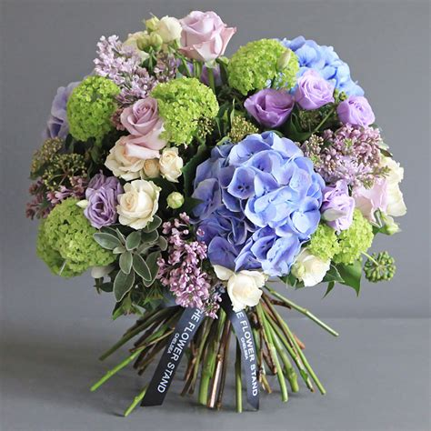 glass roses luxury flowers same day delivery bouquets best