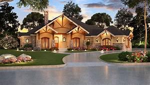 4 Bedrm, 3584 Sq Ft Ranch House Plan #195-1000