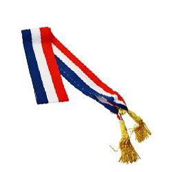 echarpe tricolore un symbole qui prend toute sa valeur sur celui qui le porte