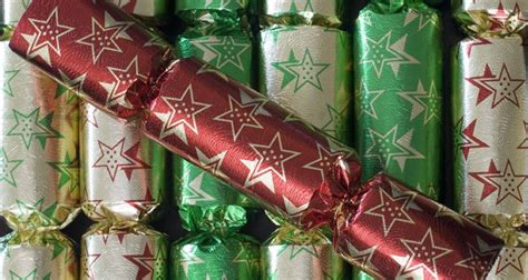 the history of christmas crackers the fact site