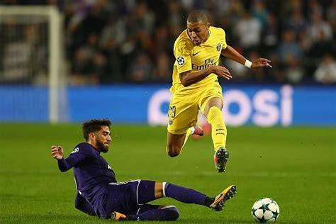 Barcelona transfer news: Mbappe desired to play alongside ...