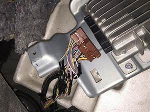R35 Gtr Head Unit To Aftermarket Amplifier