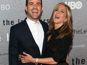 See Jennifer Aniston and Justin Theroux Look More in Love ...