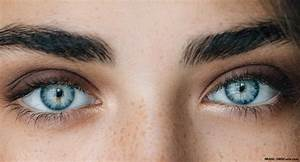 The Best Colored Contact Lenses For Your Eye Color