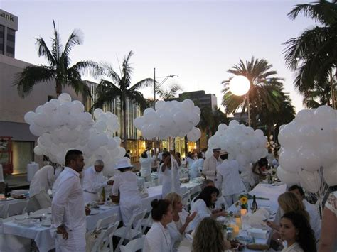 diner en blanc  white party los angeles palm trees