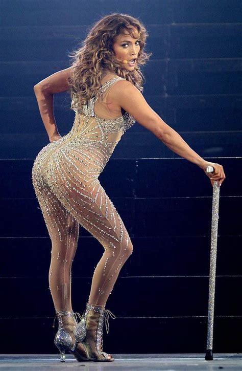 dress wanita model sabrina carey s fills jlo s seat on american idol