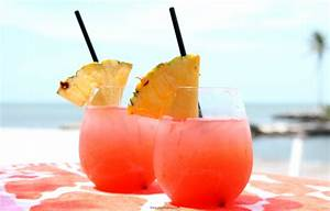 Tropical Rum Punch Recipe - The Eyes of a Boy