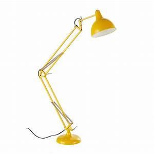 Stehlampe Gelb : stehlampe aus metall gelb h 120 cm disco maisons du monde ~ Pilothousefishingboats.com Haus und Dekorationen