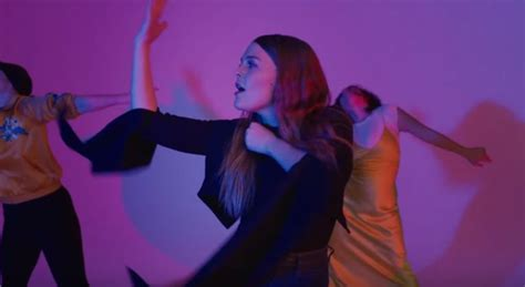 """Maggie Rogers Premieres Captivating """"on + Off"""" Music Video"""