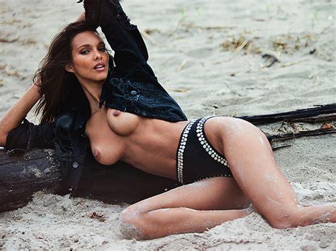 Isabeli Fontana And Lais Ribeiro Nude On The Beach