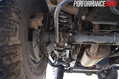 land rover defender  front suspension
