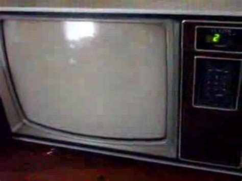 32 year old Zenith Television Set - YouTube