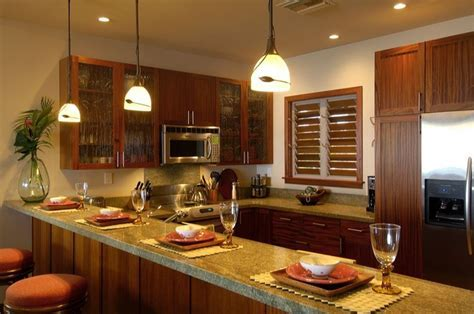 Modern Hawaii Beach Cottage   Traditional   Kitchen