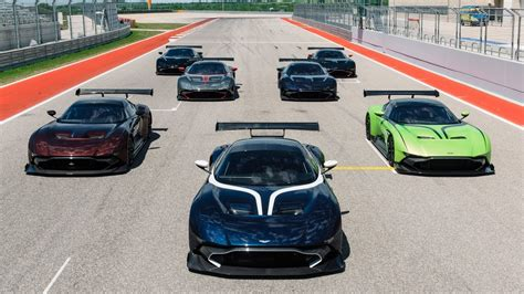 aston martin vulcan owners event  circuit