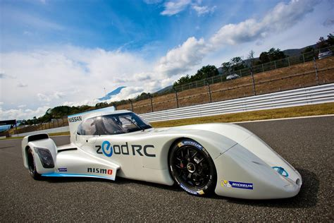 Watch Nissans Zeod Rc Le Mans Car At Its Track Debut Video