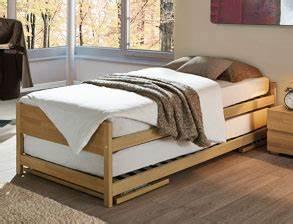 Bett 90x200 Mit Ausziehbett : g stebetten zum zusammenklappen und stapeln ~ Bigdaddyawards.com Haus und Dekorationen