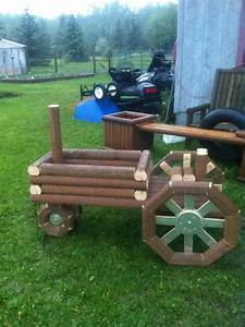 Wooden Tractor Planter Plans - WoodWorking Projects & Plans