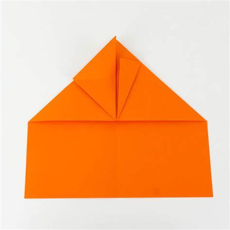 wie bastelt einen papierflieger papierflieger anleitung 26 38 einfach basteln