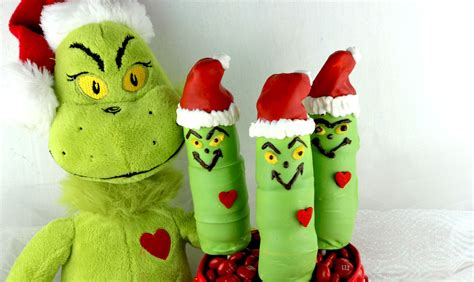 grinch marshmallow pops  sisters