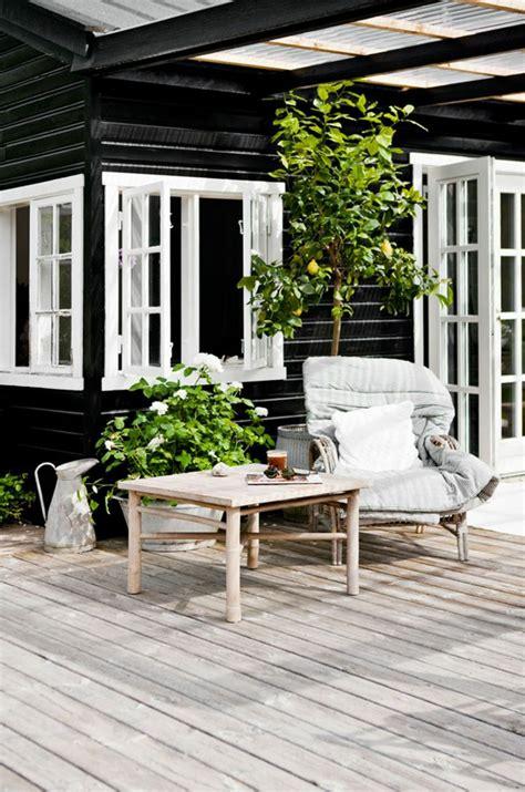 chaise pour table en bois emejing lasure pour table de jardin en bois photos