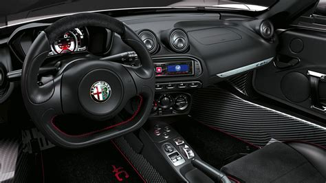 alfa romeo  spider  review  car magazine