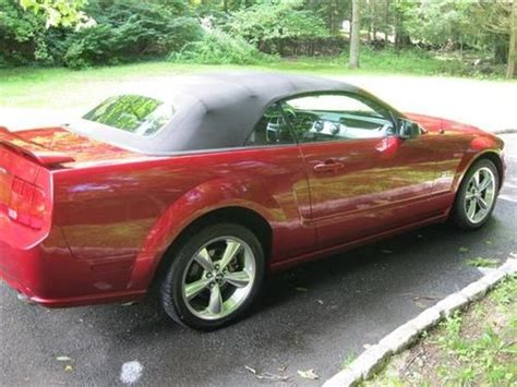 Find Used 2006 Ford Mustang Gt Convertible 2-door 4.6l In