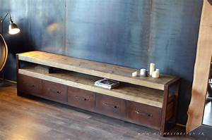 Meuble Bois Et Acier : meuble acier rouill bois vieilli 5 tiroirs micheli design ~ Teatrodelosmanantiales.com Idées de Décoration