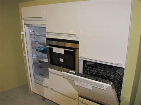 ecoulement evier cuisine comment placer un lave vaisselle dans une cuisine intégrée