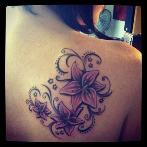 tatoeage bloem tattoo idea tattoos pinterest bloem tatoeage
