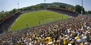 Aachen Alter Tivoli : gelb schwarze gant zum runden leder ~ Markanthonyermac.com Haus und Dekorationen
