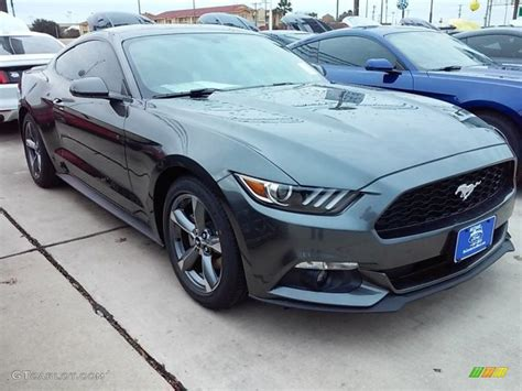2016 Magnetic Metallic Ford Mustang V6 Coupe #110396562