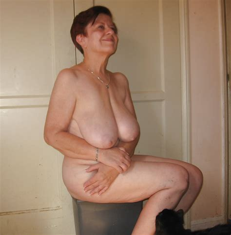Big Saggy Tit Gilf Porn Pictures Xxx Photos Sex Images