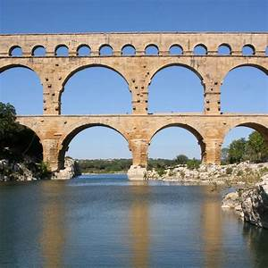 Pont du Gard (Roman Aqueduct) | Historical Engineering ...