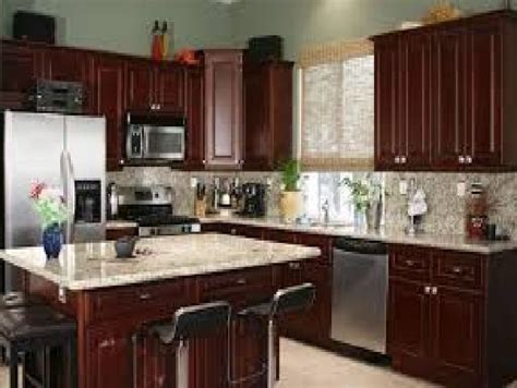 cherry color kitchen cabinets kitchen paint colors kitchen paint colors with cherry 5370