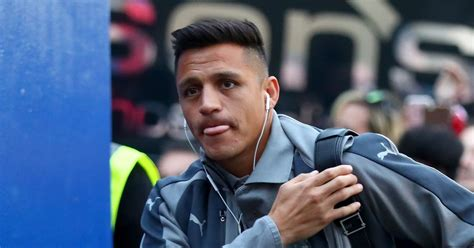 Arsenal players name the team Alexis Sanchez is going to ...