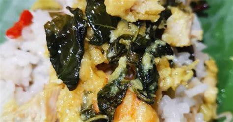 Nasi bakar pada intinya adalah nasi beserta lauk sederhana yang dikukus lalu dibakar dalam satu gulungan daun pisang. 877 resep nasi bakar ayam enak dan sederhana - Cookpad