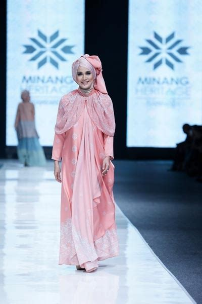 32 best indonesia muslim fashion week images on