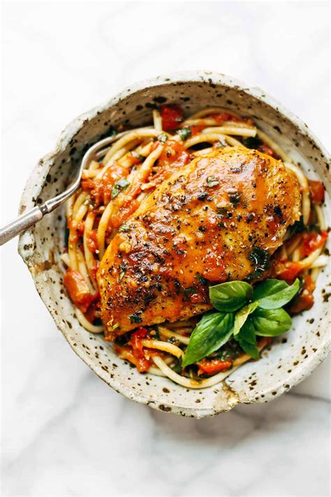 garlic basil chicken  tomato butter sauce recipe
